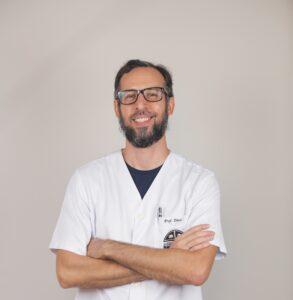 Professor-Daniel-Biologia